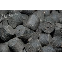 LK Baits Salt Black Hallibut Pellets 10kg, 12mm